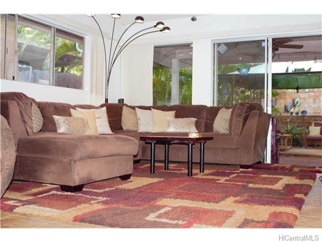 94-788  Nolupe St Village Park, Waipahu home - photo 5 of 16