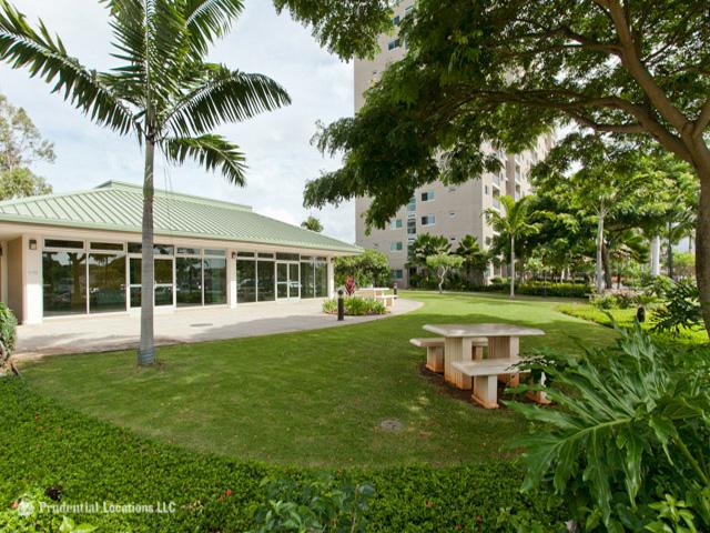 Plantation Town Apartments condo # 112, Waipahu, Hawaii - photo 9 of 10