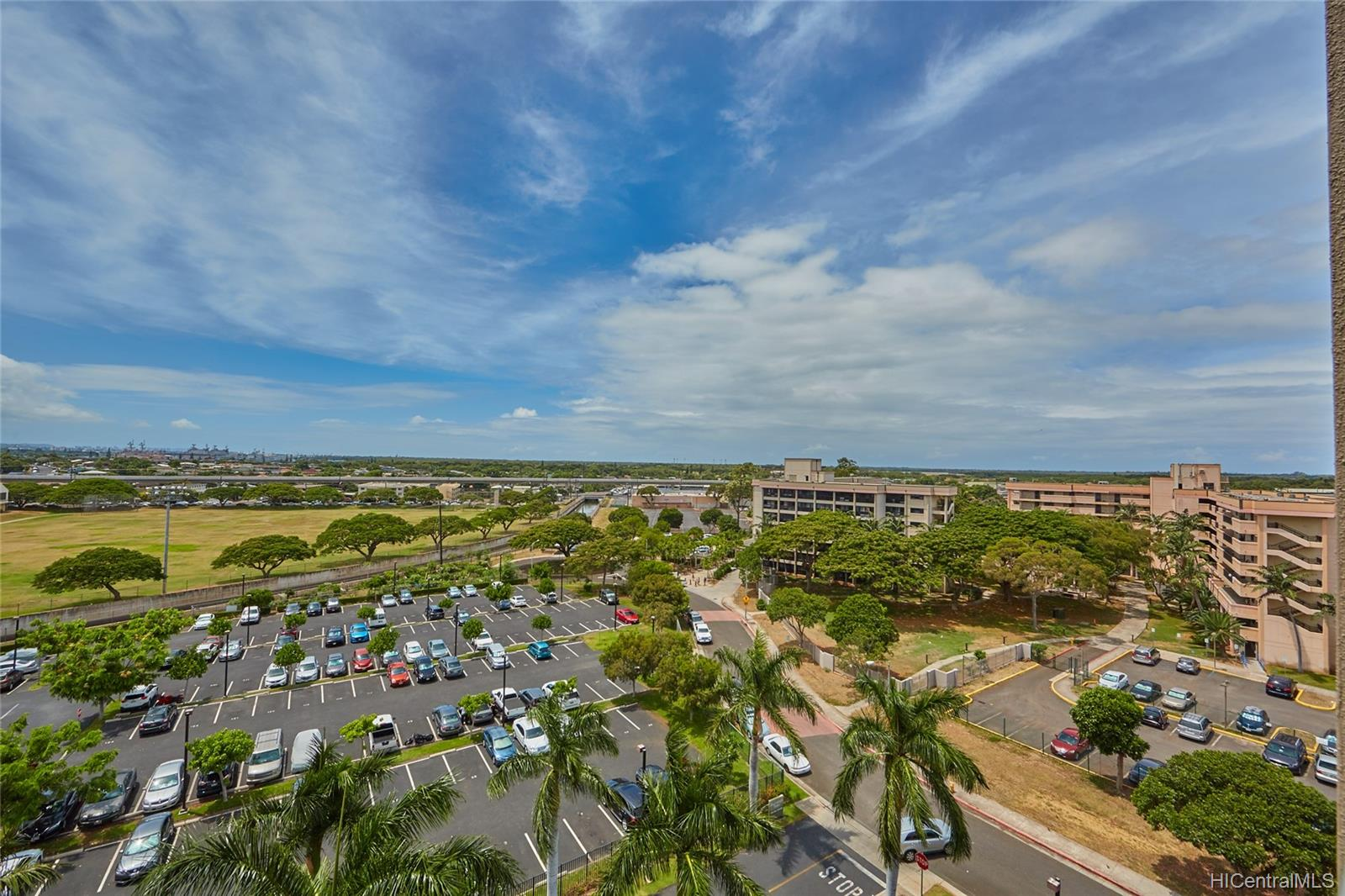 Plantation Town Apartments condo # 913, Waipahu, Hawaii - photo 13 of 16