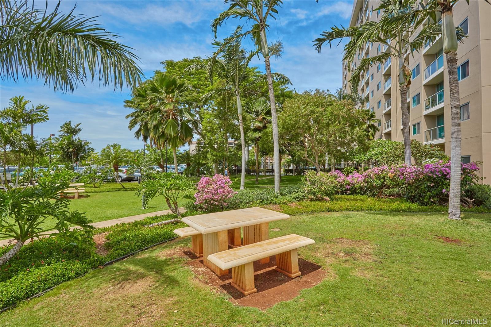 Plantation Town Apartments condo # 913, Waipahu, Hawaii - photo 16 of 16