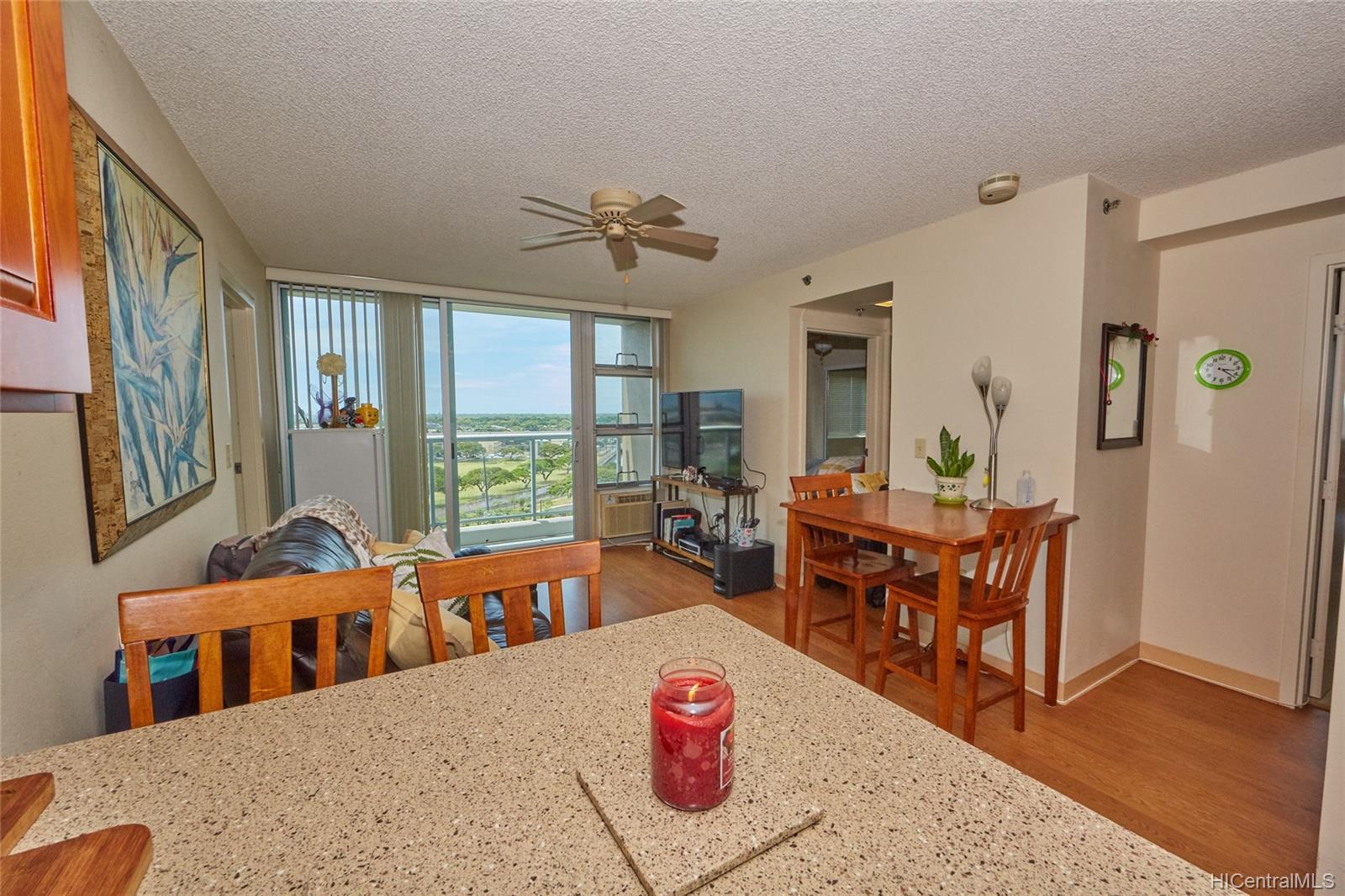 Plantation Town Apartments condo # 913, Waipahu, Hawaii - photo 3 of 16