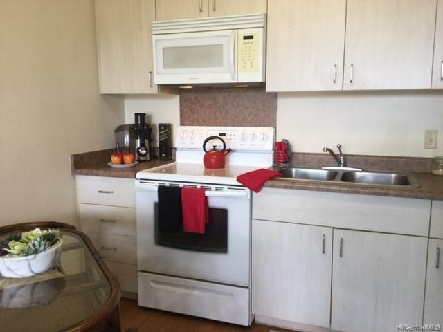 Plantation Town Apartments condo # 914, Waipahu, Hawaii - photo 13 of 20