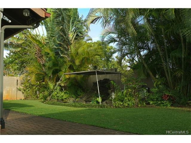 95-1011  Molakea St Mililani Mauka, Central home - photo 3 of 17