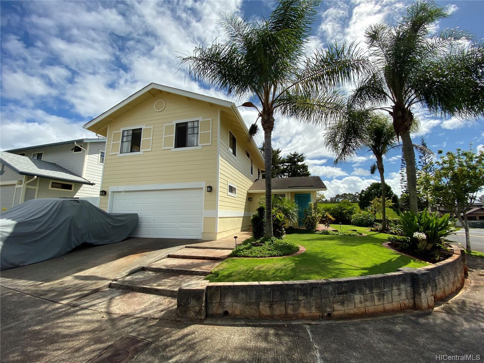 95-1075  Kekahi Street Mililani Mauka, Central home - photo 1 of 16