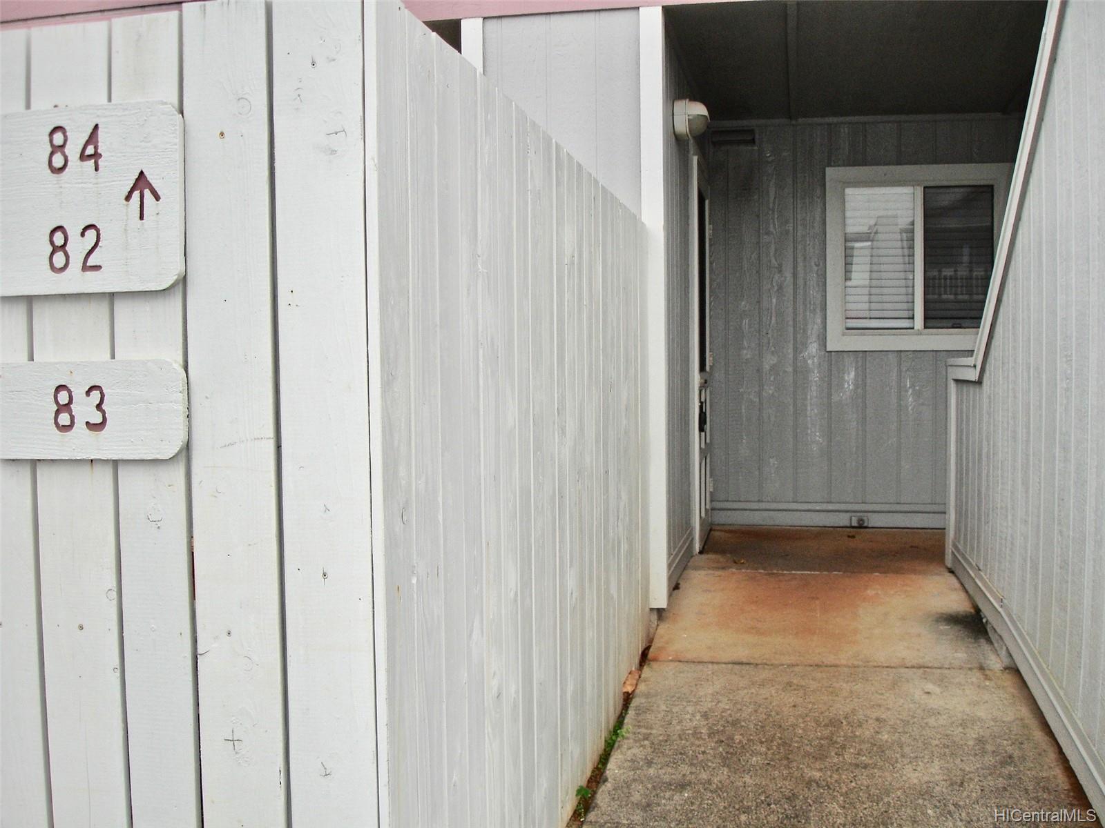 Mililani Town Assn. townhouse # 83, Mililani, Hawaii - photo 13 of 15