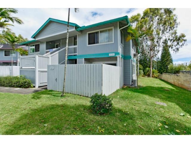 Mililani Town Association townhouse # 211, Mililani, Hawaii - photo 3 of 14
