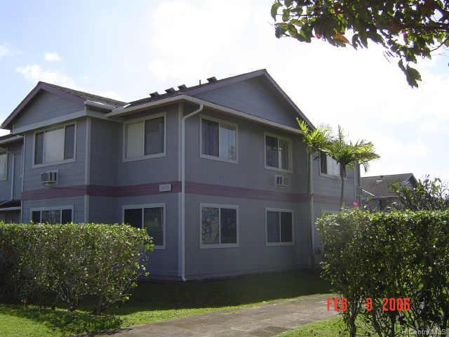 Mililani Town Assoc. townhouse # 5, Mililani, Hawaii - photo 7 of 8