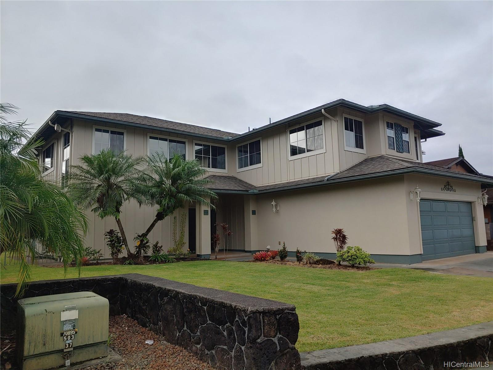 95-220 Hoaluhi Place Mililani - Rental - photo 1 of 20