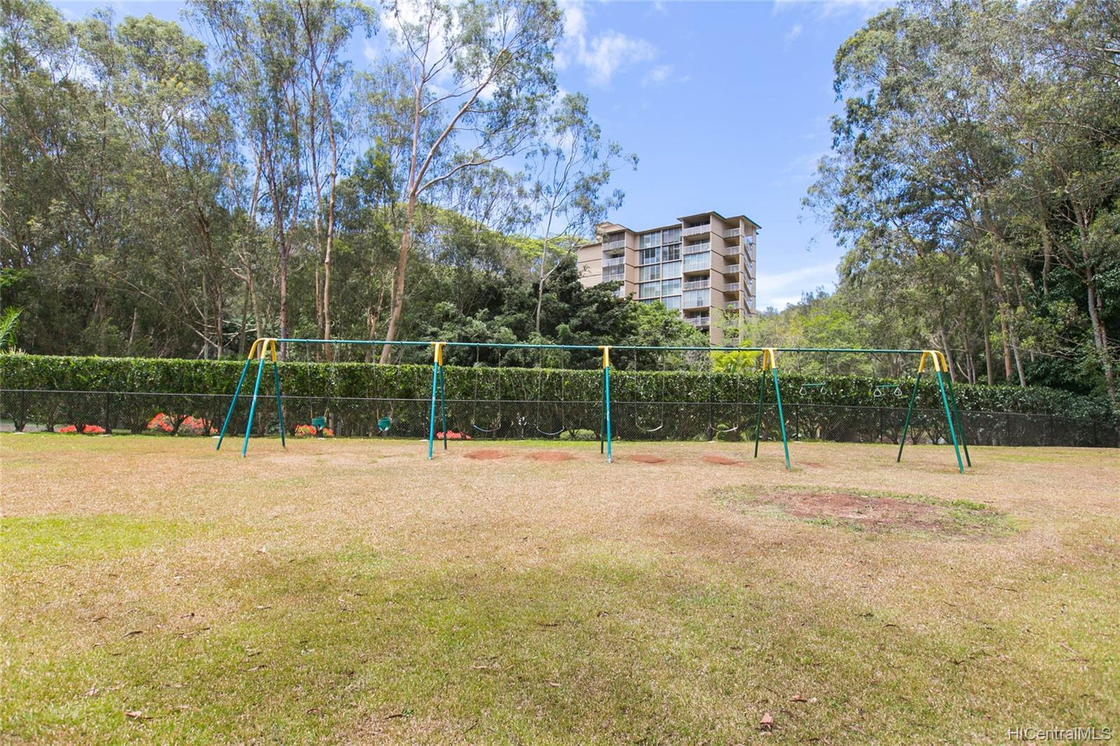 Waikalani Woodlands condo # D306, Mililani, Hawaii - photo 22 of 25