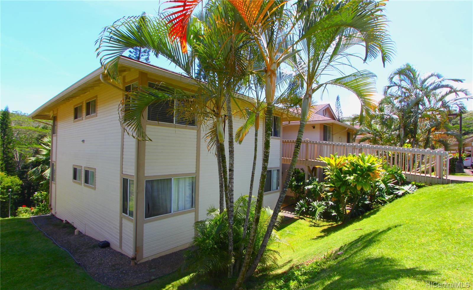 Mililani Town townhouse # J201, Mililani, Hawaii - photo 2 of 24