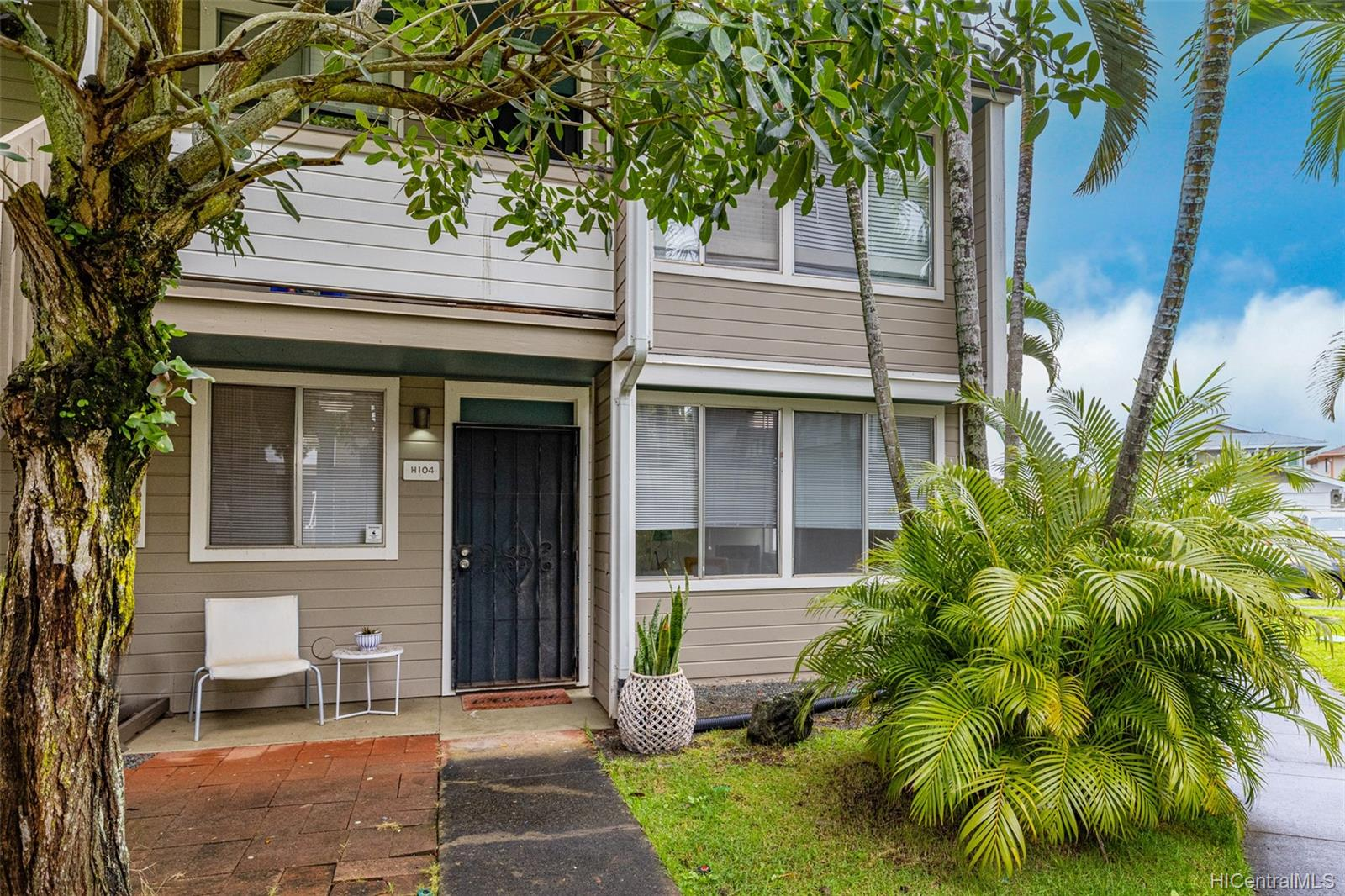 Mililani Town townhouse # H104, Mililani, Hawaii - photo 1 of 25