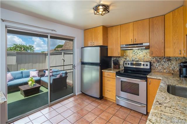 Pine Knoll Villas condo # 24, Mililani, Hawaii - photo 1 of 21