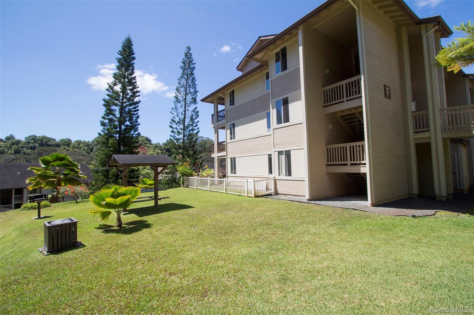 Launani Valley townhouse # A102, Mililani, Hawaii - photo 19 of 25