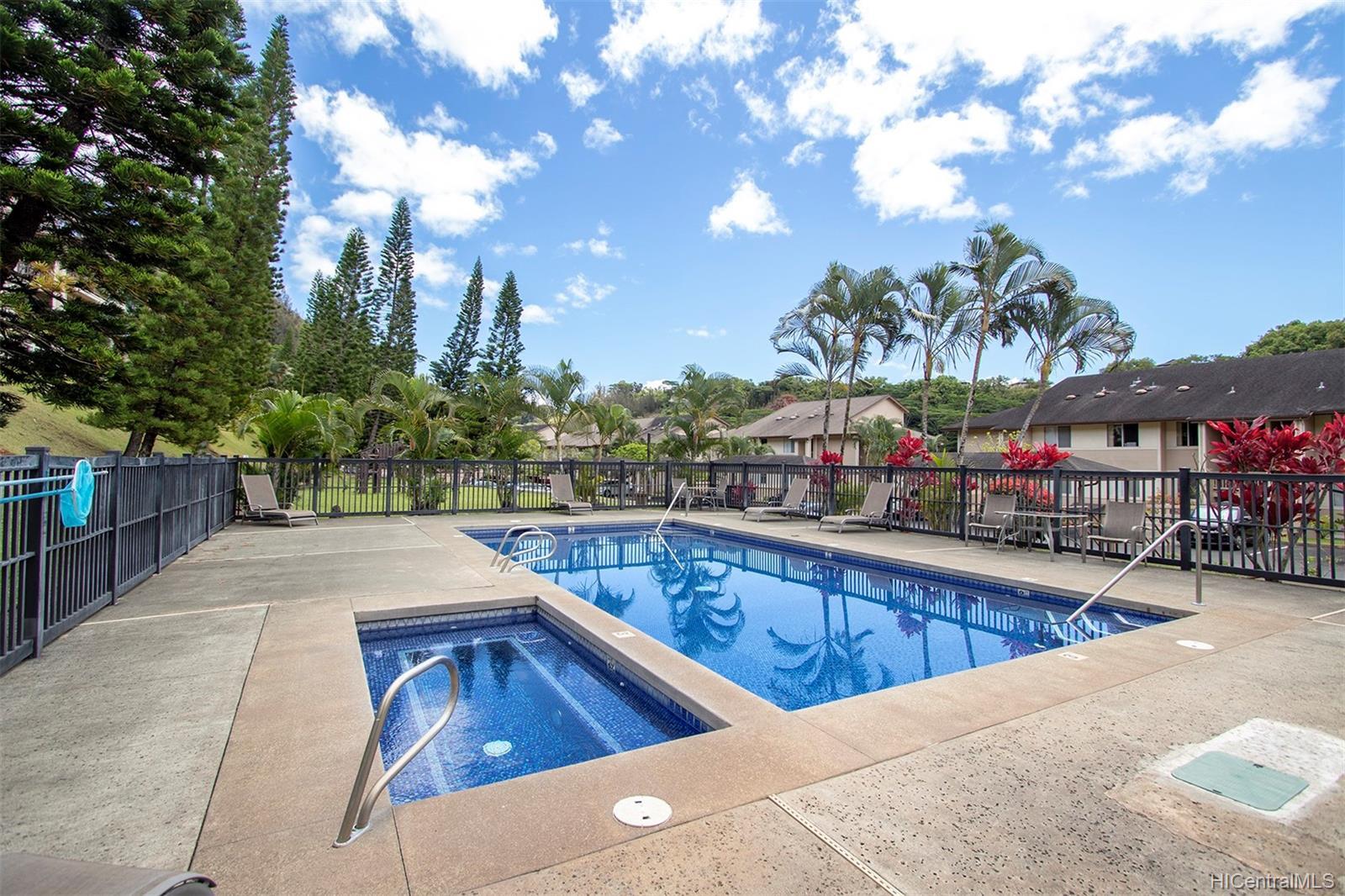 95-982 Wikao Street townhouse # L102, Mililani, Hawaii - photo 17 of 23