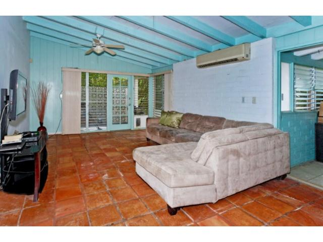 965  N Kalaheo Ave Kalaheo Hillside, Kailua home - photo 4 of 12