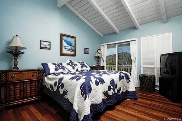 976  Kaahue St Mariners Ridge, Hawaii Kai home - photo 6 of 10