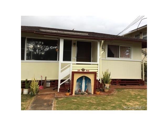 98-002 Lokowai St Waimalu, Aiea home - photo 1 of 6