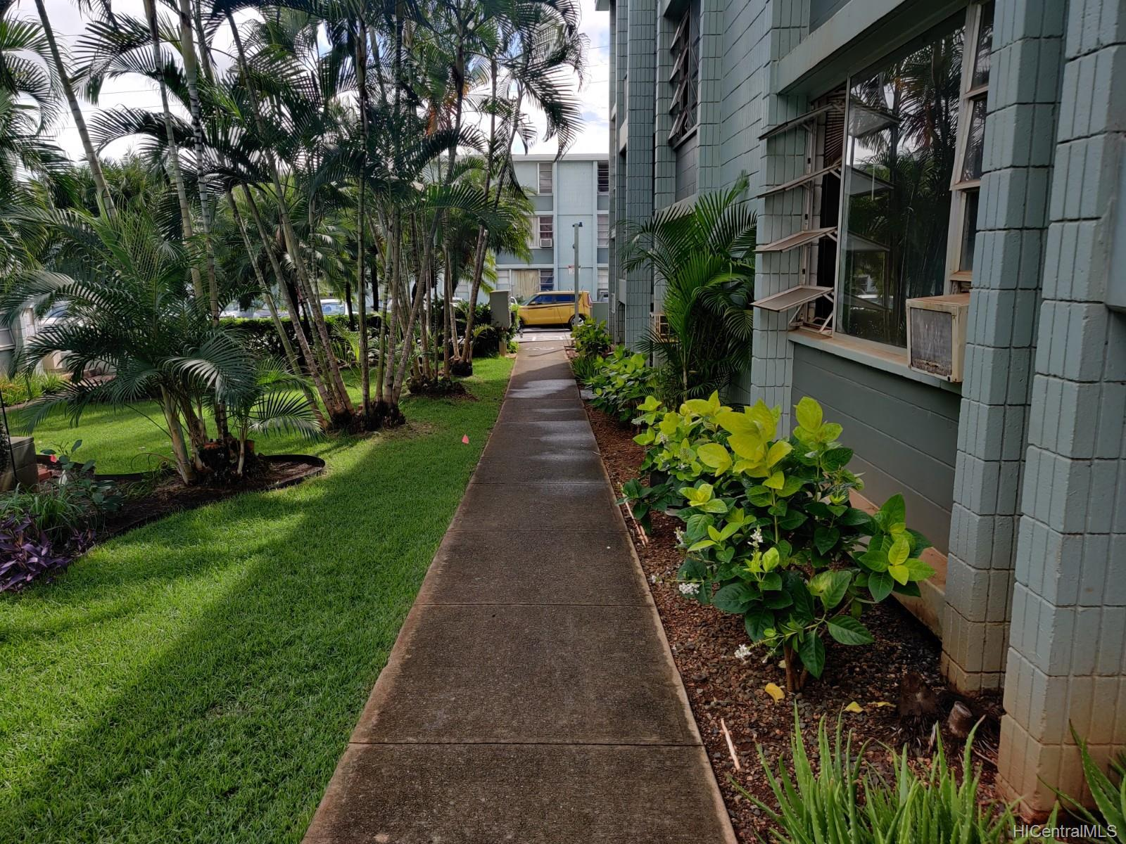Pearl Ridge Gdns & Twr condo # 3-103, Aiea, Hawaii - photo 6 of 6