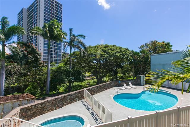 Pearl Ridge Gdns & Twr condo #4-101, Aiea, Hawaii - photo 1 of 25