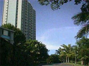 Pearl Ridge Gdns & Twr condo #7-1703, Aiea, Hawaii - photo 1 of 1