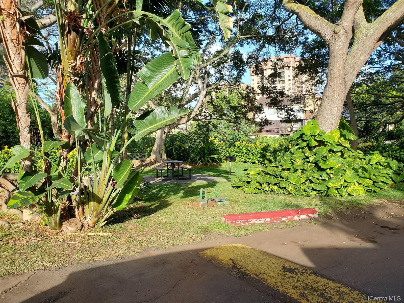 Pearl Ridge Gdns & Twr condo # 7-801, Aiea, Hawaii - photo 16 of 16