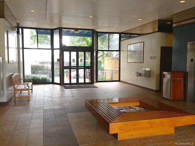 981247 Kaahumanu St Aiea Oahu commercial real estate photo5 of 11