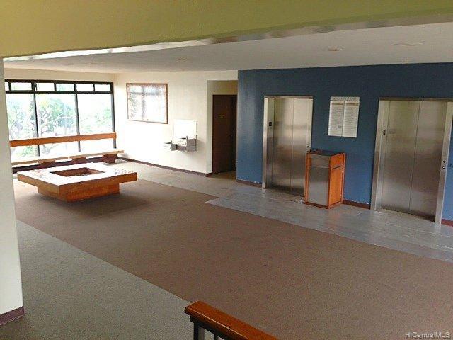 981247 Kaahumanu St Aiea Oahu commercial real estate photo6 of 11