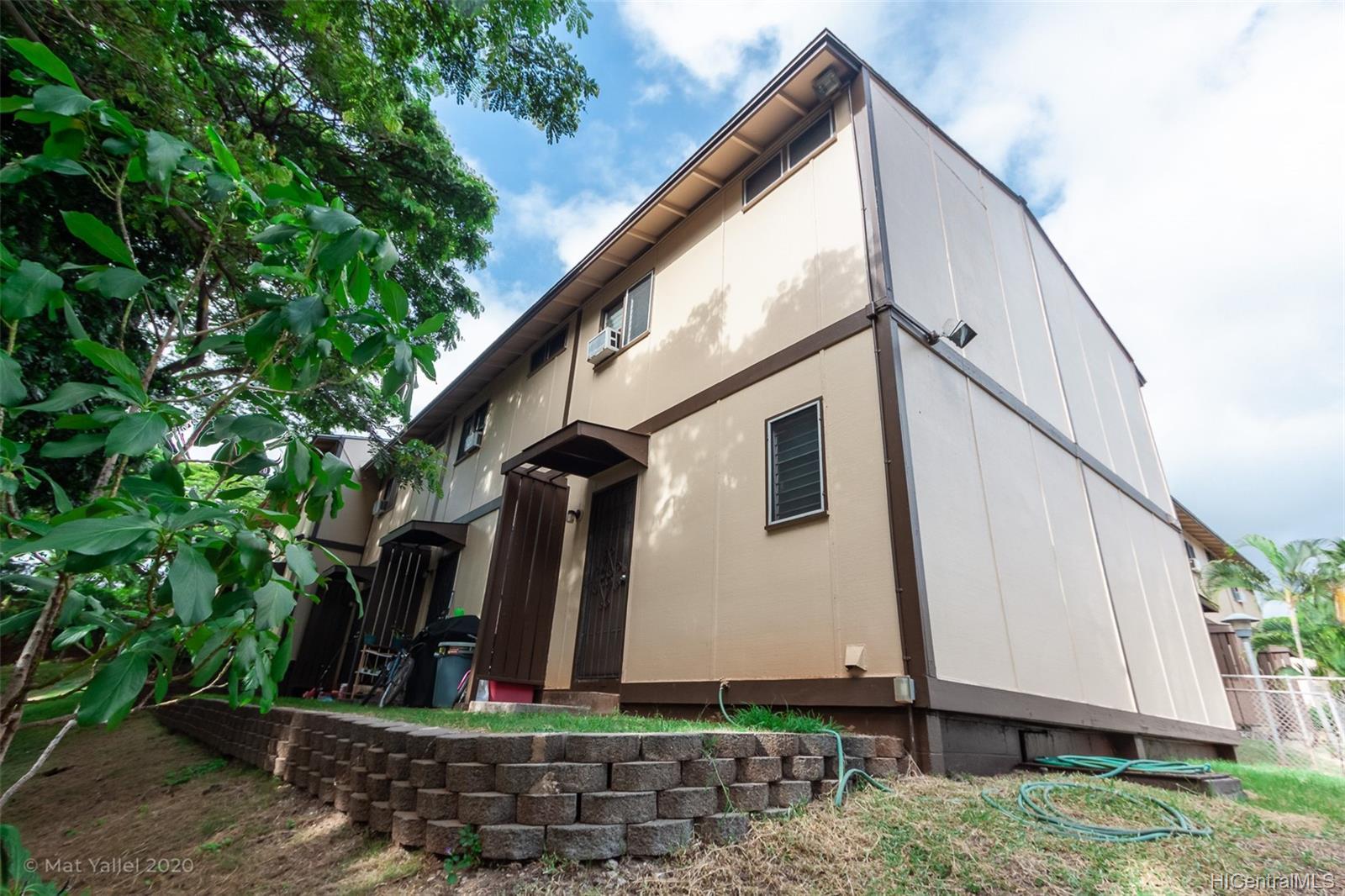 98-1269 A Hoohiki Place townhouse # 49, Pearl City, Hawaii - photo 2 of 25