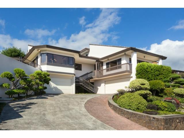 98-1295 Kaonohi St Pearlridge, Aiea home - photo 1 of 24