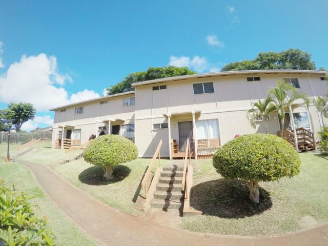 98-1376 Nola St townhouse # C, Pearl City, Hawaii - photo 2 of 15