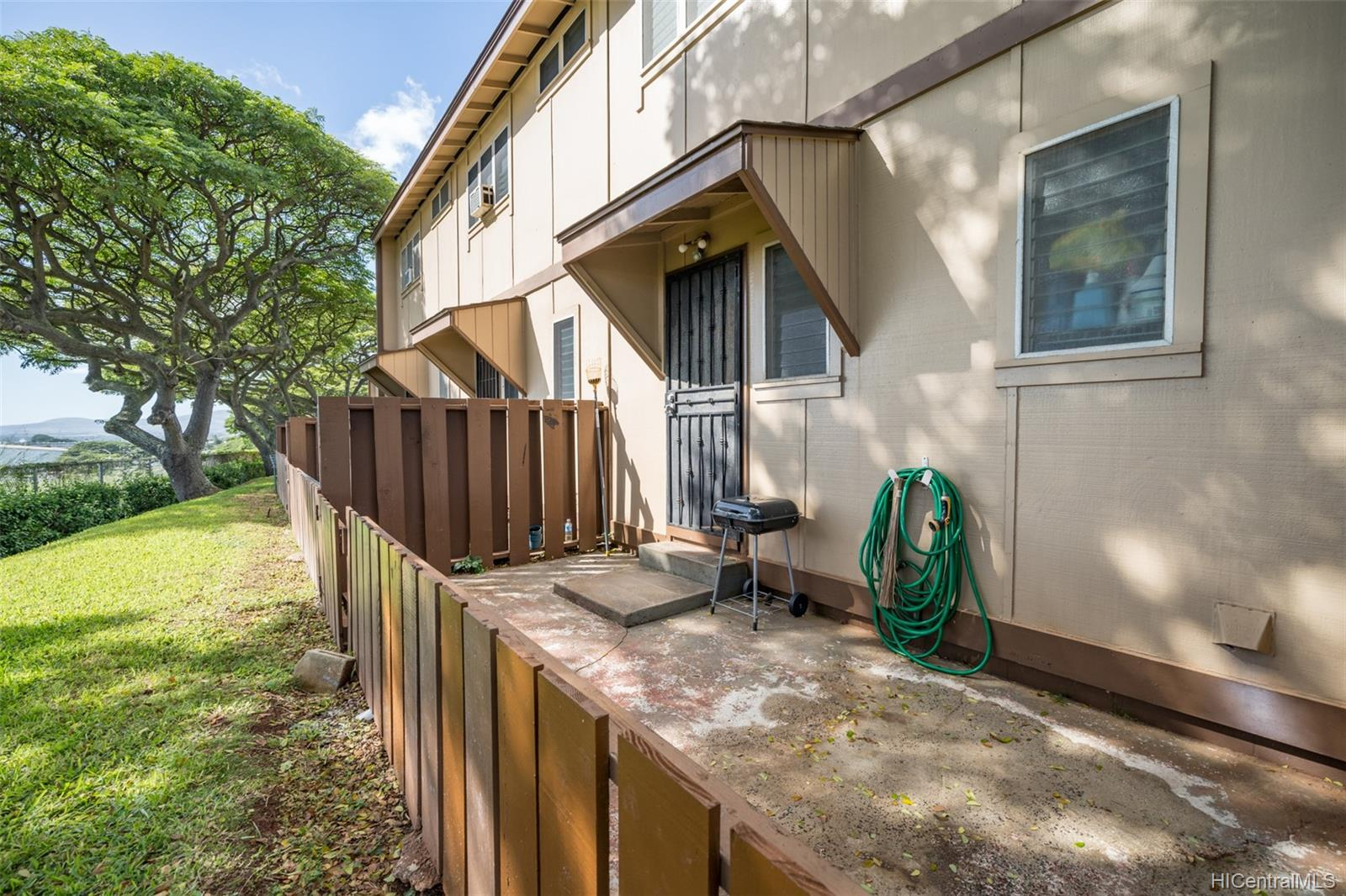 * condo # A, Pearl City, Hawaii - photo 16 of 18