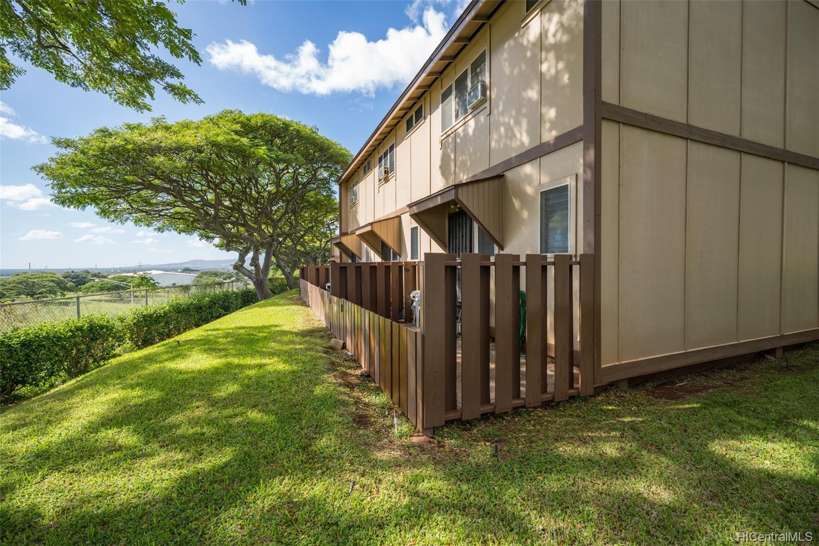 * condo # A, Pearl City, Hawaii - photo 17 of 18