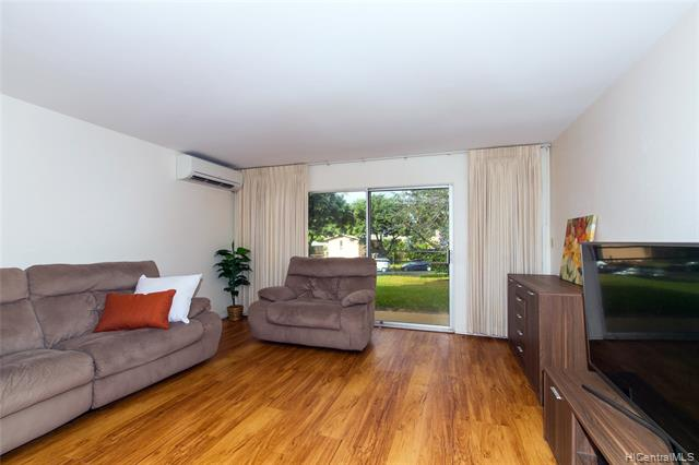Hillside Terrace 4 condo #B, Aiea, Hawaii - photo 1 of 24