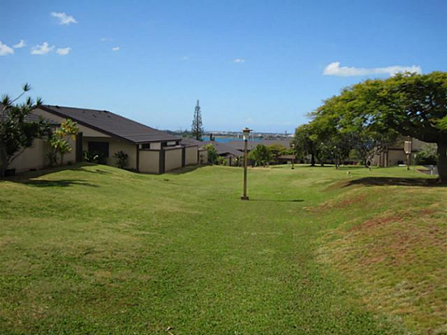 Hillside Terrace 4 condo #274, Aiea, Hawaii - photo 1 of 12