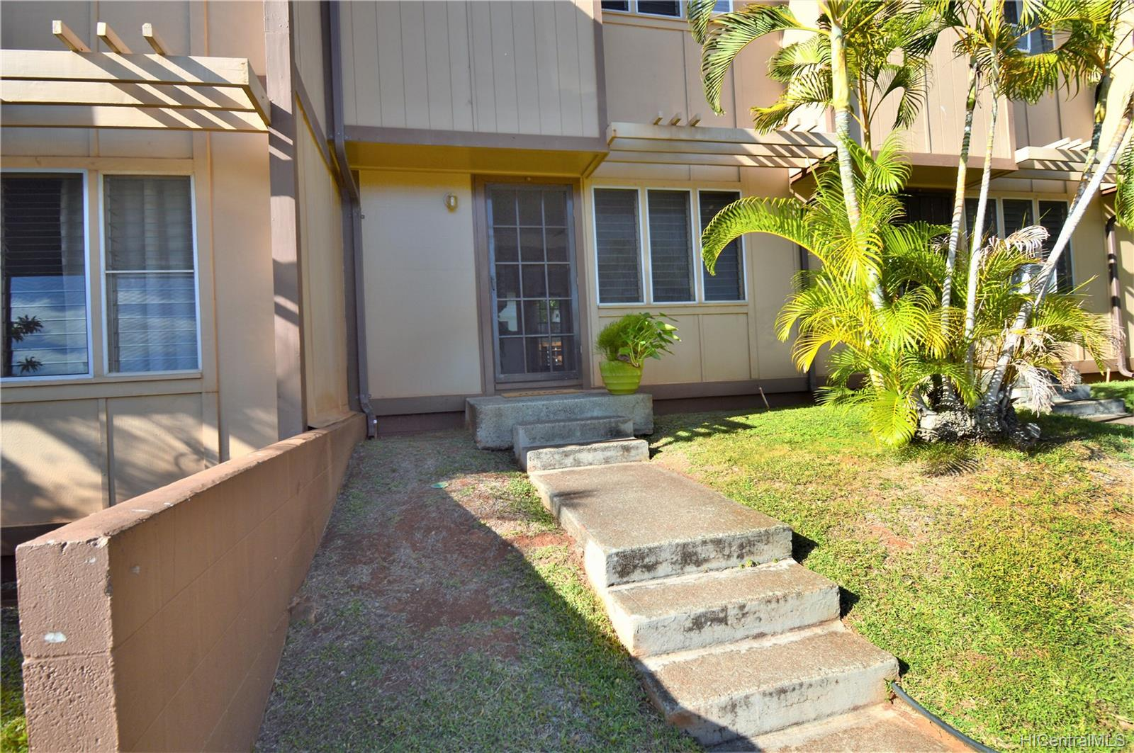98-1397 Hinu Place townhouse # D, Pearl City, Hawaii - photo 23 of 25