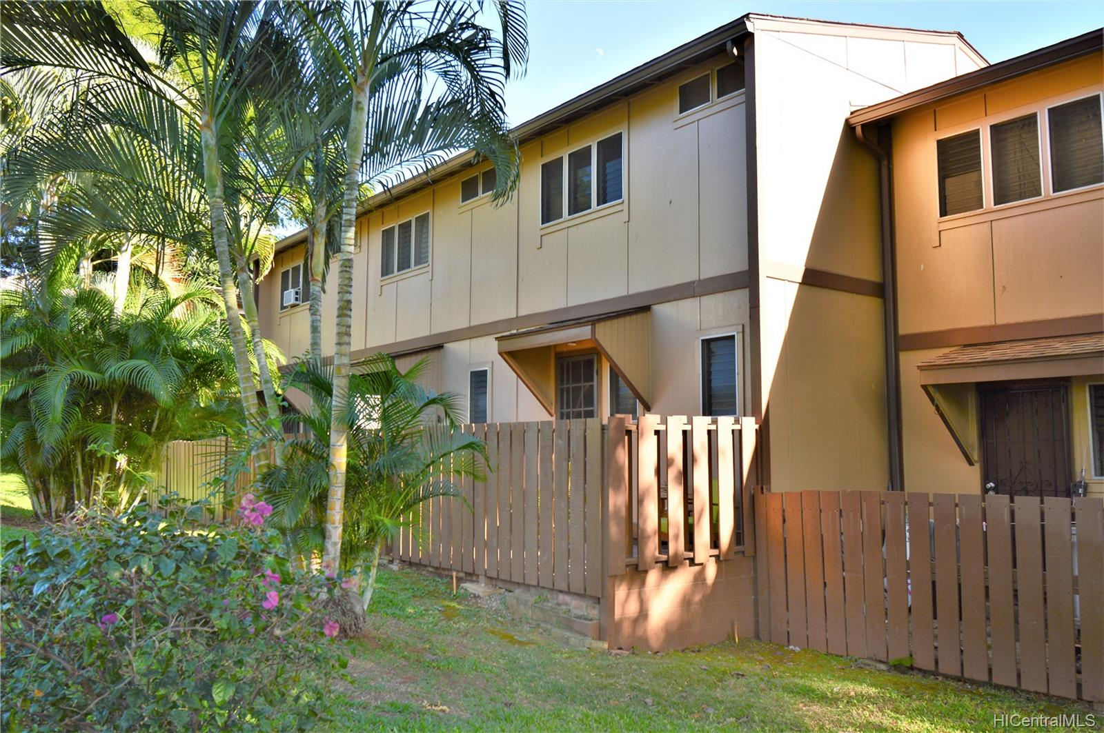 98-1397 Hinu Place townhouse # D, Pearl City, Hawaii - photo 24 of 25