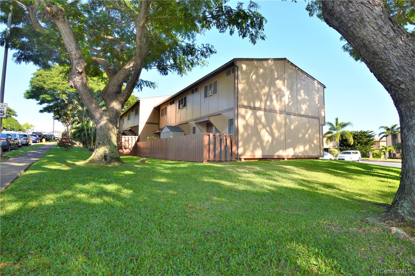 98-1397 Hinu Place townhouse # D, Pearl City, Hawaii - photo 25 of 25