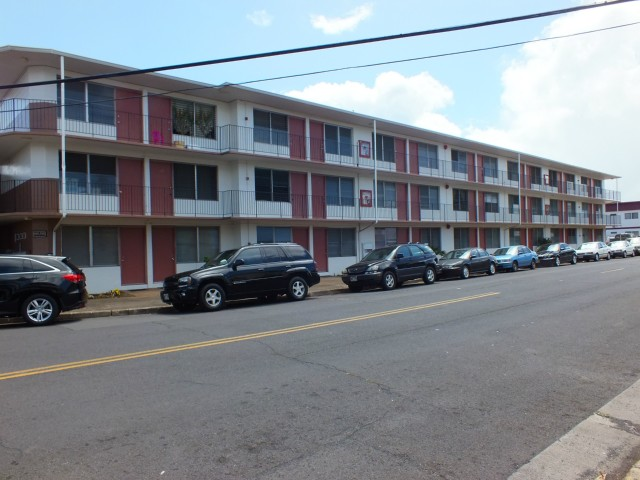 White Pearl Apts condo #111, Aiea, Hawaii - photo 1 of 4