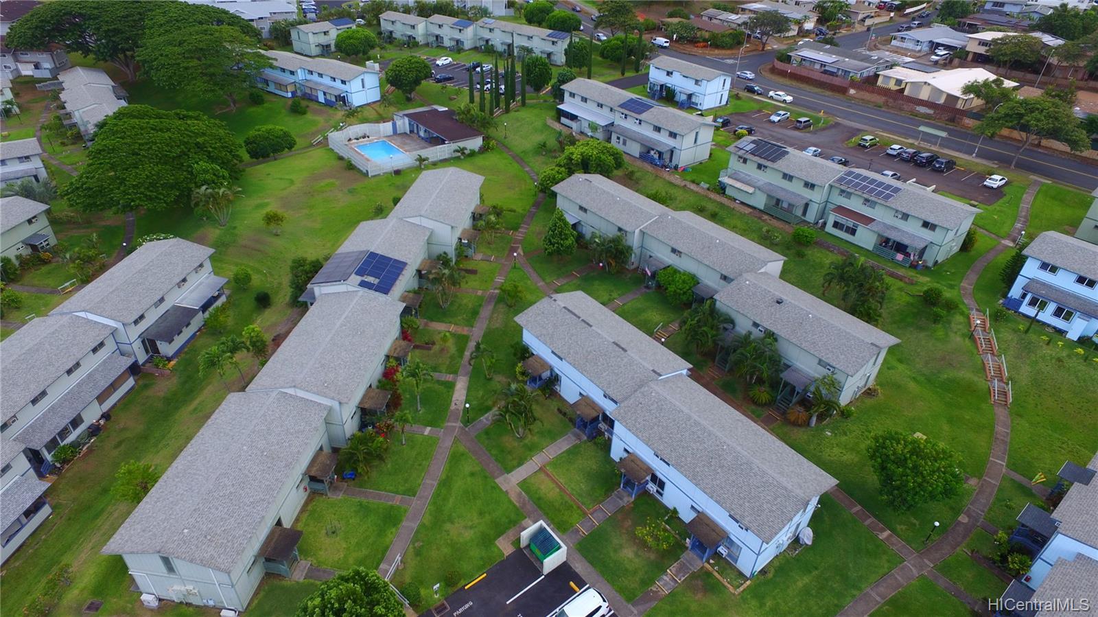 98-1434 Kaahumanu Street townhouse # A, Pearl City, Hawaii - photo 7 of 15