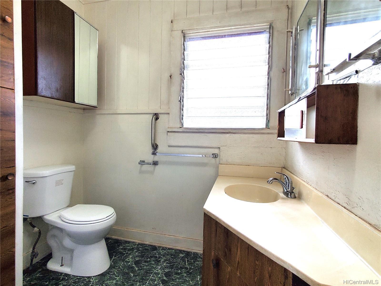 98-147  Honomanu Street Aiea Area, PearlCity home - photo 15 of 25