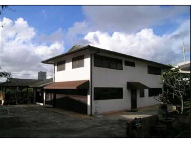 98-148A  Honomanu St Aiea Area, Aiea home - photo 1 of 9
