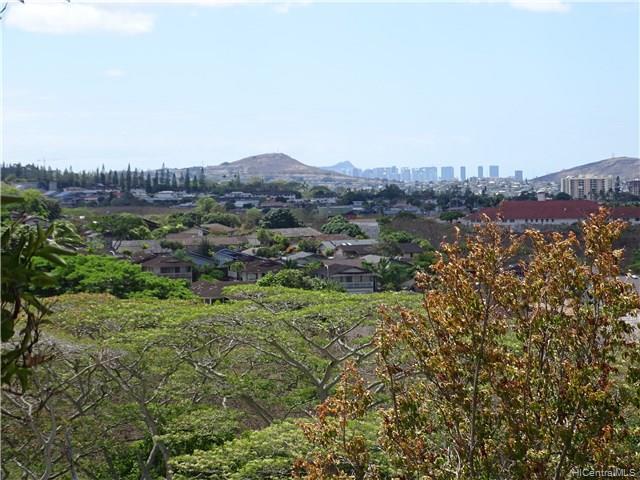 98-1641 Hoolauae St Waiau, Aiea home - photo 1 of 23