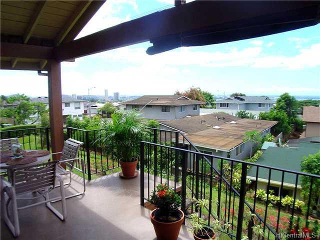 Wailuna condo #1D, Aiea, Hawaii - photo 1 of 10