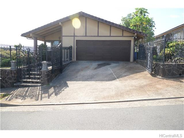98-1698  Piki St Newtown, Aiea home - photo 1 of 1