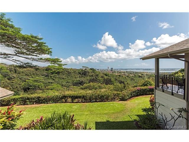 Wailuna 1-B condo #C, Aiea, Hawaii - photo 1 of 25