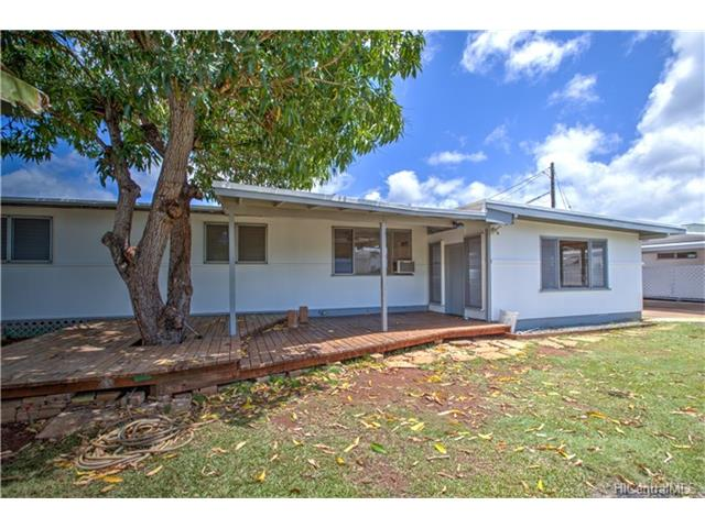98-174 Pahemo St Waimalu, Aiea home - photo 1 of 17