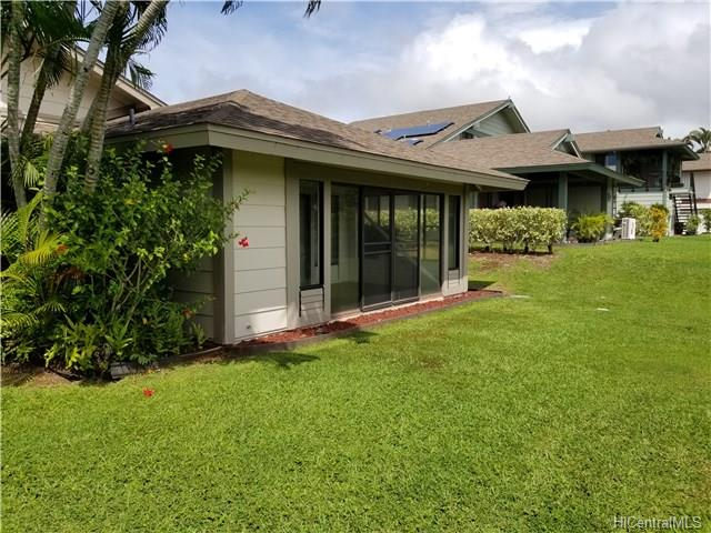 98-1747 Kaahumanu St Aiea - Rental - photo 1 of 20