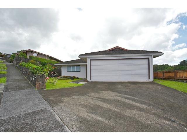98-2025  Kipikua St Newtown, Aiea home - photo 1 of 25