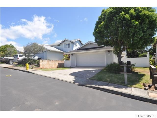 98-2039 Kaahumanu St Wailuna, Aiea home - photo 1 of 15