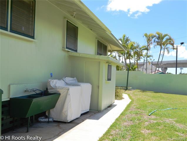 98-205 Kaulike Drive Pearl City - Rental - photo 16 of 18